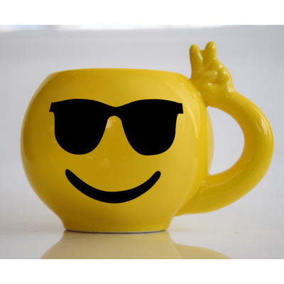 Emoji bögre Napszemcsis