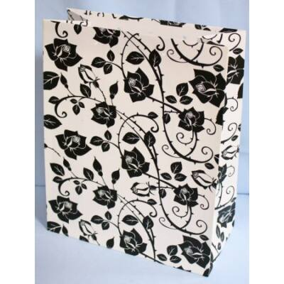 Ajándéktasak - Fekete rózsás - 23x18 cm