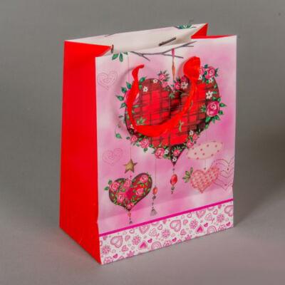 Ajándéktasak - Piros szívek - 23x18 cm