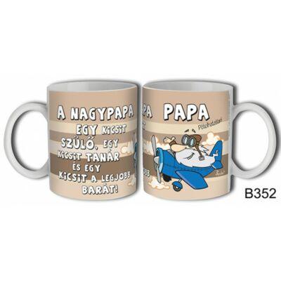 Bögre - A nagypapa egy kicsit szülő...