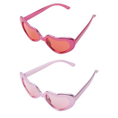Szív alakú szemüveg